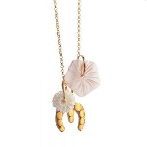 Eme-flores-colgada-1000x1000.blanco